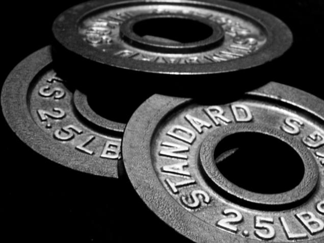 lifting-weights-1-1186106-639x479.jpg